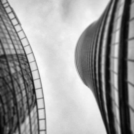 Construction Tower Skyscraper SkyTower Glass Glasshouse Office Windows Clouds Sun Reys Black White Blackandwhite Black&white Grey Shades Shadesofgrey Shadows Lights Blur Offfocused Warsawspire Warsaw Curve Steel Sky Architecture Building Exterior Close-up Cloud - Sky