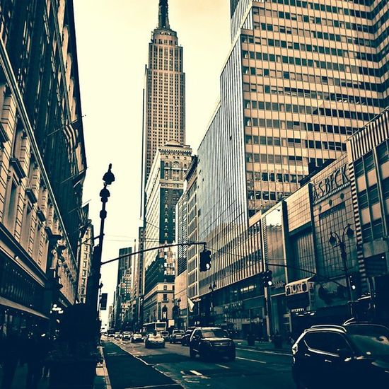 NYC NYC Photography Empire State Building Blackandwhite PhonePhotography Morningcommute  34th Street  New York City The Street Photographer - 2016 EyeEm Awards
