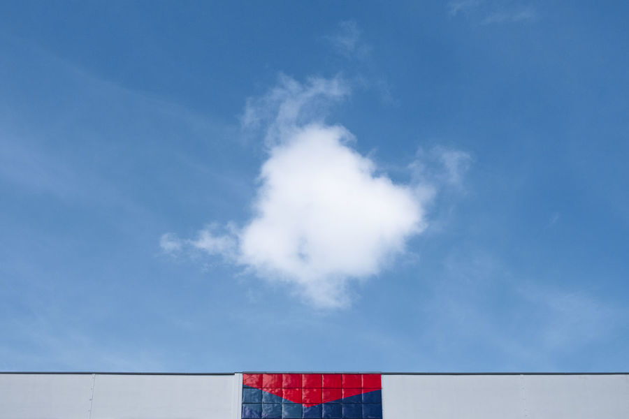Cloud Architecture_collection Berlin Photography Cloudscape Minimalist Architectural Feature Architecture Blue Cloud - Sky Clouds And Sky Day Fujix_berlin Fujixe3 Fujixseries Minimalism Minimalistic Minimalobsession No People Outdoors Ralfpollack_fotografie Sky