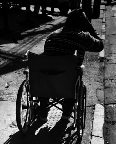Streetphotography Blackandwhite Monochrome Streetphoto_bw Monoart Mobliephotography NEM Black&white