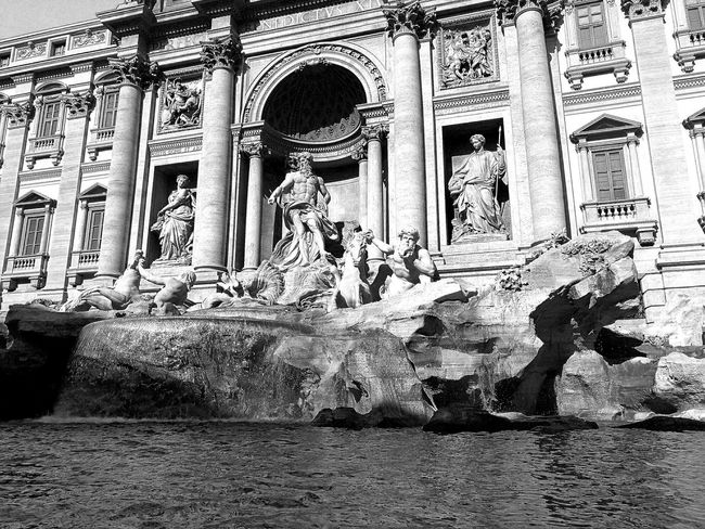 Rome Italy🇮🇹 Travel Photography Noir Travel City Nopeople Trevi Fountain Historic Beauty Amazing Architecture Built Structure Building Exterior History Building Historic Building