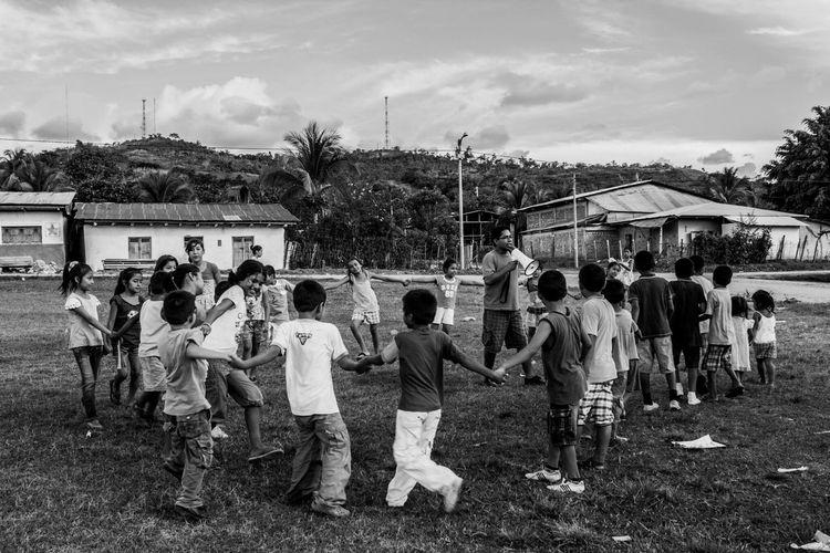 With the kids / Con los niños Childrens Childrensphoto Kidsphotography In The Forest Tarapoto Peru San Jose De Sisa
