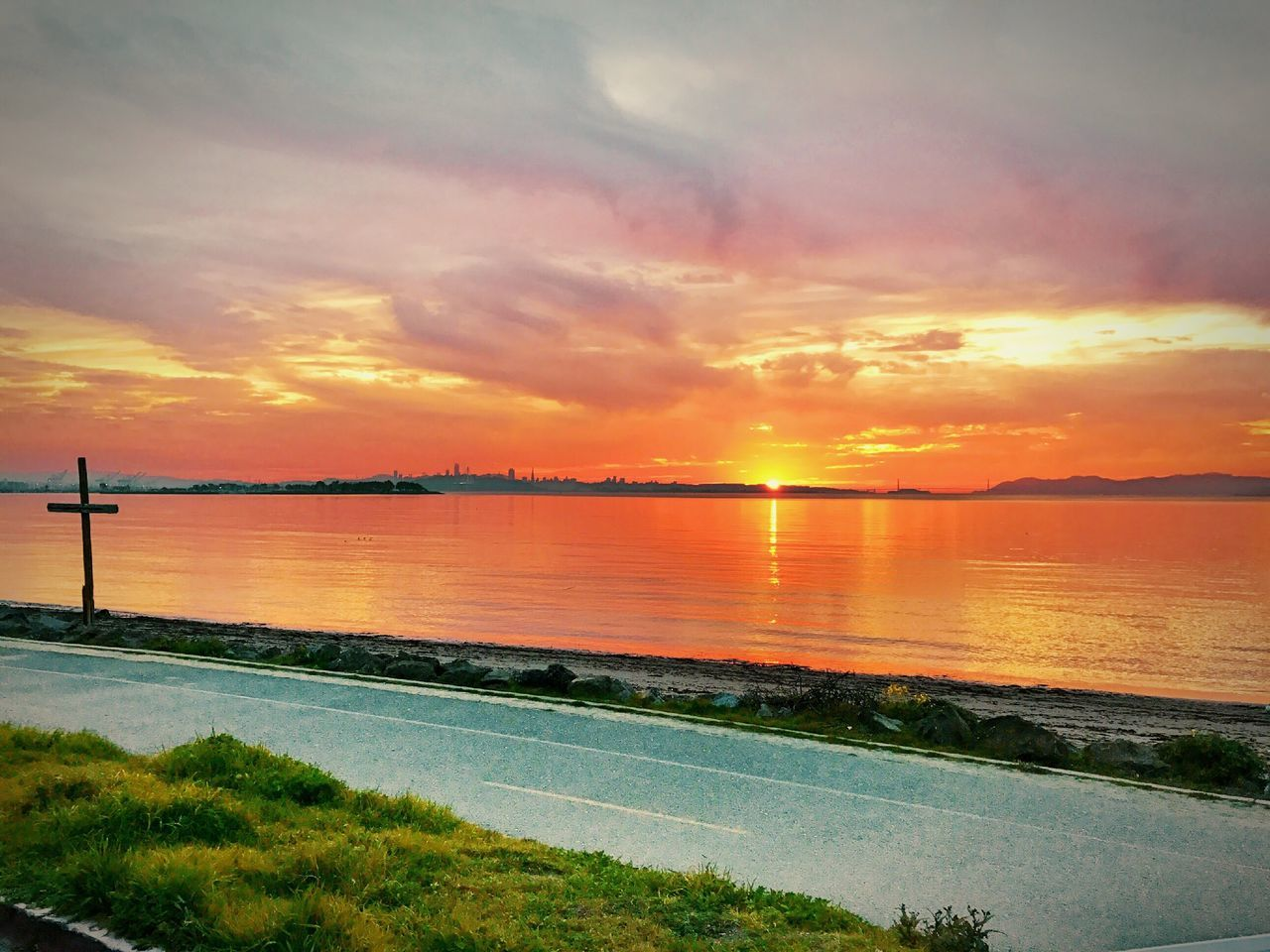 sunset, beauty in nature, scenics, sky, water, orange color, nature, tranquil scene, tranquility, idyllic, no people, sea, cloud - sky, outdoors, horizon over water, day