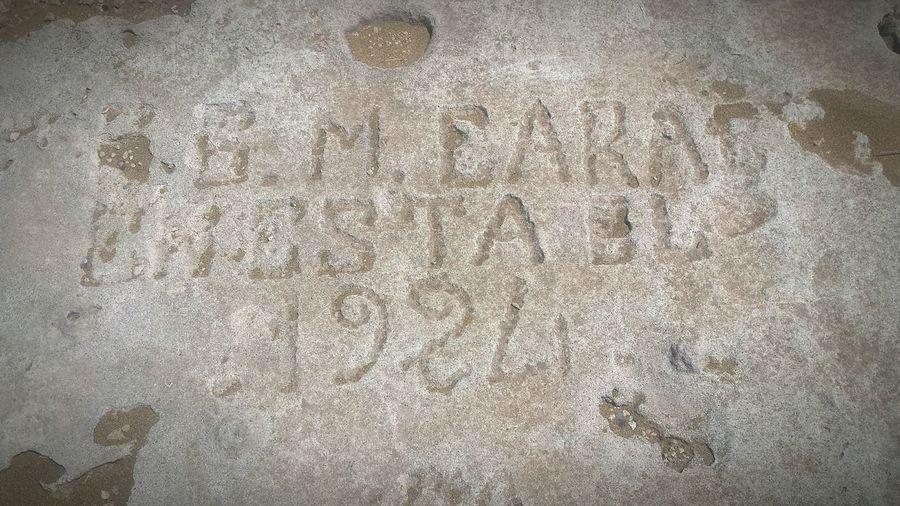 petroglifos en la duna fósil Calblanque Calblanque Natural Park Calblanque Spain Petroglifos Dunas Cartagenaspain Mar Mediterráneo Backgrounds Full Frame Textured  Pattern Close-up
