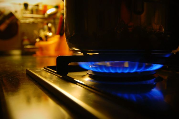pot on a gas stove Kitchen Stove Stove Burner Gas Burner Pot Cooking Pan Flame Gas Stove Burner Burner - Stove Top Burner Energy Energy Industry Cooker Burner - Stove Top Flame Heat - Temperature Stove Indoors  Burning