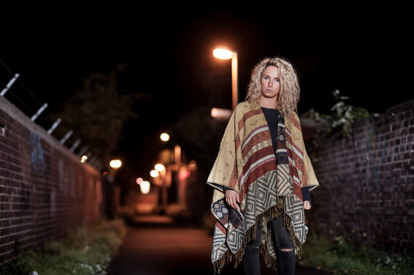 Blonde Girl Curly Hair Urban People Photography Ruhrgebiet People Photography Streetstyle Check This Out