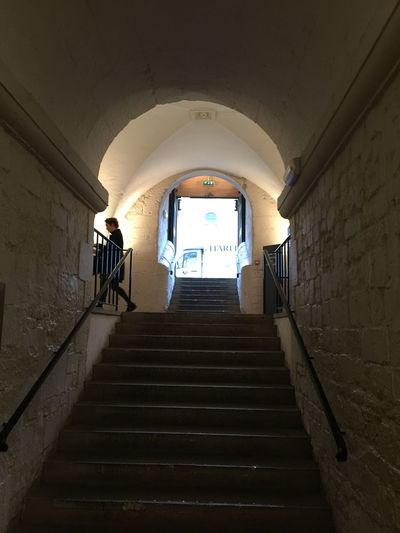 exit United Kingdom London Exit Stairway Stairs Staircase Architecture Staircase Arch Indoors  Built Structure The Way Forward Steps And Staircases People Wall - Building Feature