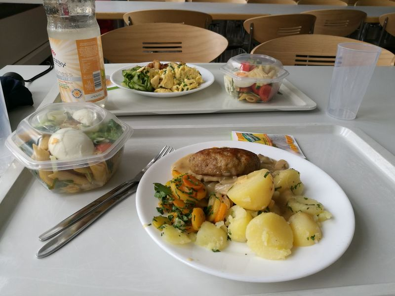 EyeEm Selects Food And Drink Food Plate Indoors  Ready-to-eat Serving Size Meal No People Healthy Eating Freshness Close-up Day Mensa Kantine Großküche