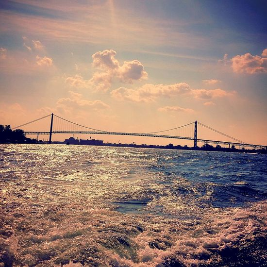 Ambassador Bridge Summerend Boatinglife Enjoying The Sun