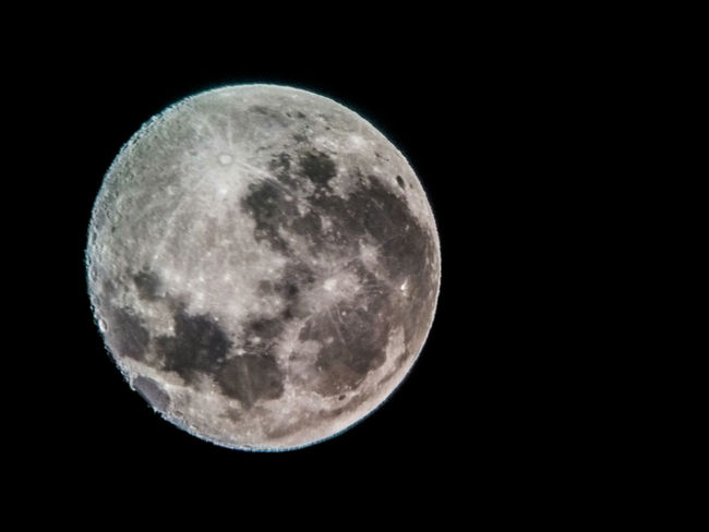 Waning Gibbous tonight in the Caribbean Night Photography Celestron Telescope Telescopes Planets Moon Moonlight Waning Gibbous Craters Of The Moon Special👌shot Spectacular View Moon Shots Astrophotography Wow!!😋 Moon Surface Natural Beauty Reflector Telescope Pepper Moongazing Moonbeauty Trinidad And Tobago Fresh On EyeEm