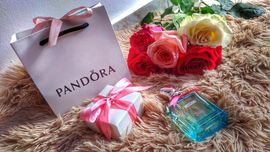 Flower Celebration Gift Fragility Pandoracharms Pandora ❤ Moschinoedition Moschinoparfume Girlystuff