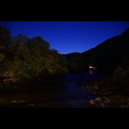 風景 奥入瀬渓流 夜空