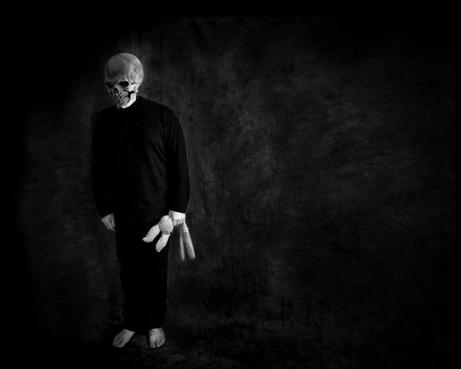 Abandoned... Darkart Noir Conceptual Surrealism Horror Blackandwhite EyeEm Bnw Portrait Fantasy Edits
