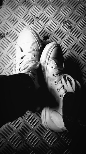 Converse, All Star. The everyday shoe. Even the kick becomes better with it. Lifestyles Photos Around You Tennis Shoes Converse All Star Converse All Star White Converseeveryday Converse Sneakers Beauty In Simplicity Day To Day Life 80's