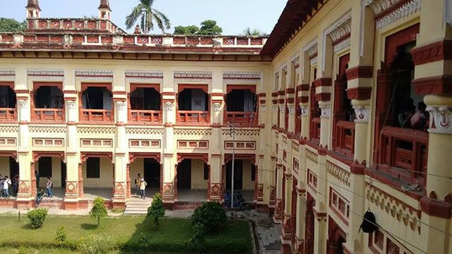 Noedit OldCHCBuilding Classic Epic 1916 TheUpcomingCentenaryYear PrideOfBHU Living Makers RespectToMalviyaJi Hatsoff