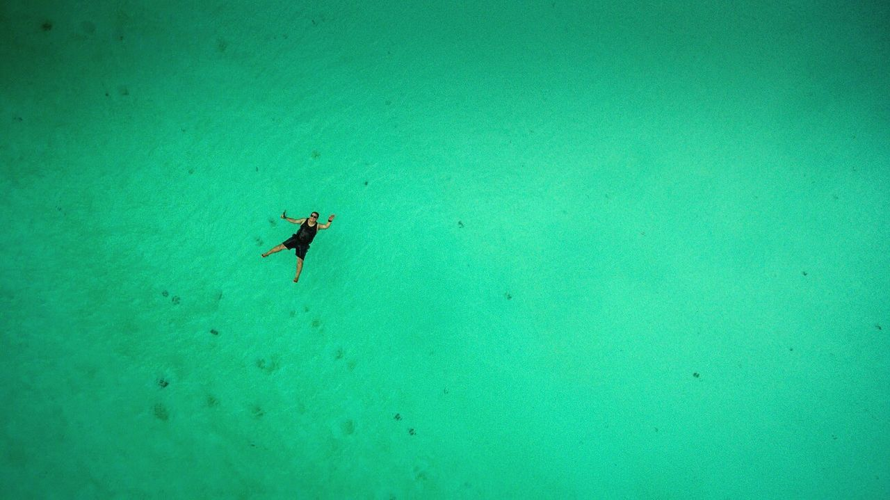 underwater, green color, adventure, undersea, full length, scuba diving, water, nature, swimming, sea, beauty in nature, real people, one person, day, sea life, outdoors, animal themes, people