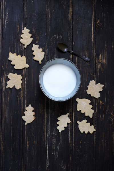 Cozy <3 Autumn Breakfast Cookies Morning Close-up Day Directly Above Drink Food Food And Drink Foodphotography Freshness High Angle View Indoors  Leaves Milk No People Table Vintage Wood - Material