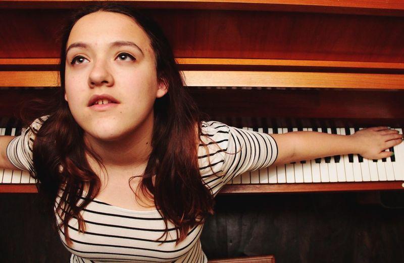 Montre-Ton-Al Montréal Virginie ❤ Portrait Piano Eye4photography