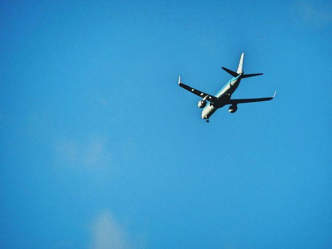 Blue Sky In Leeds Look Up Plane EyeEm Gallery