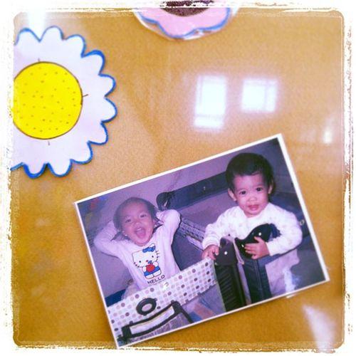 Foto syahla di mading daycare-nya hihi.. Ceria banget.. Babies Fun Daycare Preschool