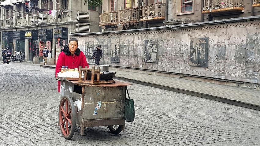 Street Peddler Hawkers Adults Earning A Living Hard Life Woman Street Life Street Photography Streetphoto People People Watching People Photography People And Places Taking Photos in Shanghai, China