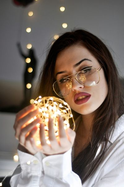 Reflecting lights Young Adult One Young Woman Only Only Women Beauty One Person One Woman Only Adults Only Young Women Portrait Beautiful People Adult People Beautiful Woman Food Indoors  Eating Close-up Real People Smiling Day