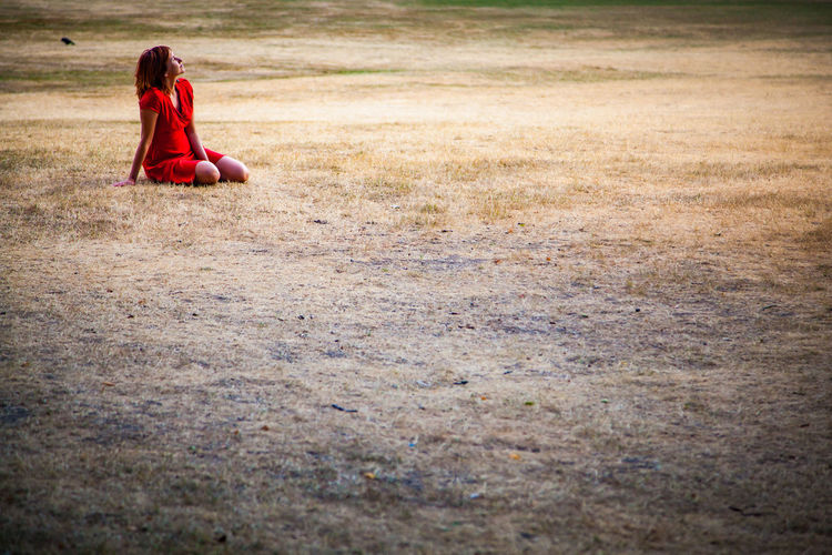 Grass Nature Picnic Red Dress Resting Place Woman Beautiful Woman Beauty Contemplation Dress One Person Outdoors Park Resting Sitting Solitude Women The Portraitist - 2018 EyeEm Awards The Portraitist - 2018 EyeEm Awards The Great Outdoors - 2018 EyeEm Awards