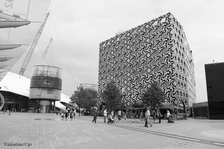 Here is another black and white photograph of the architecture in London Architecture Building Exterior Modern Travel Destinations Blackandwhite