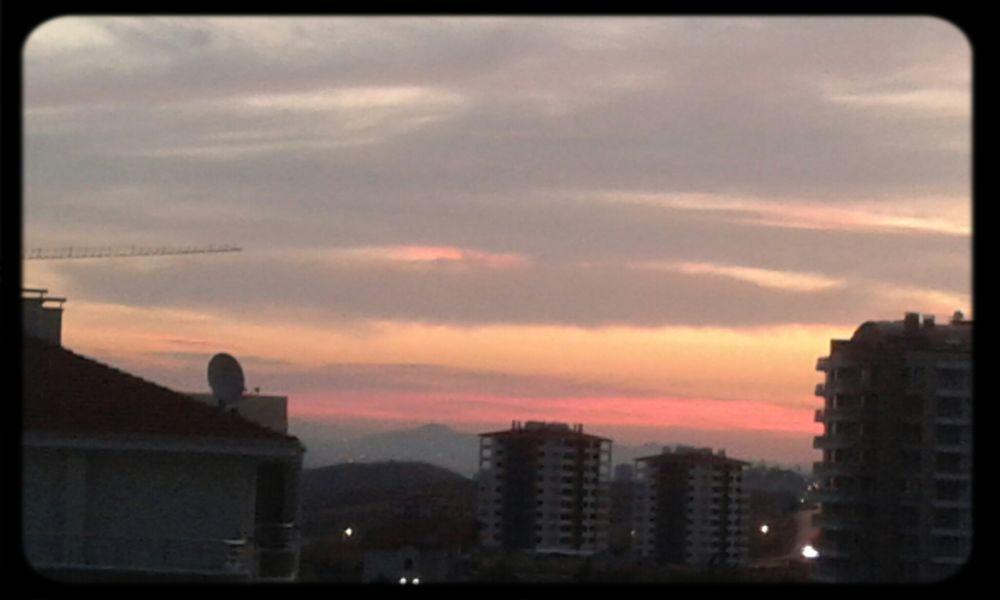 Gökyüzü doğal da güzel :) efekt vermeye gerek yok Aşkgökyüzünde Could And Sky