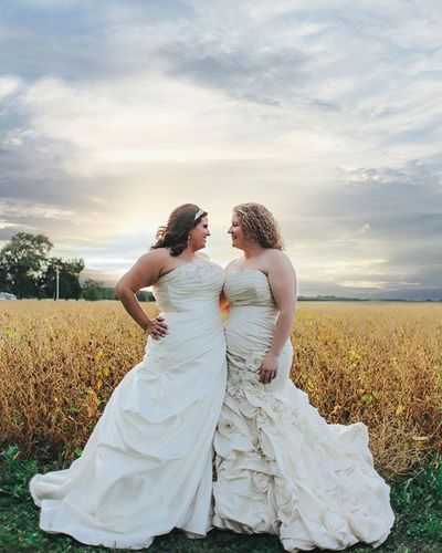 """We come to love, not by finding a perfect person. But by learning to see an imperfect person perfectly."" Taramelissaphotographie Lgbtqweddingphotographer Loveislove Chicagoweddingphotographer farmwedding sunsetphotography weddingstyle brides"