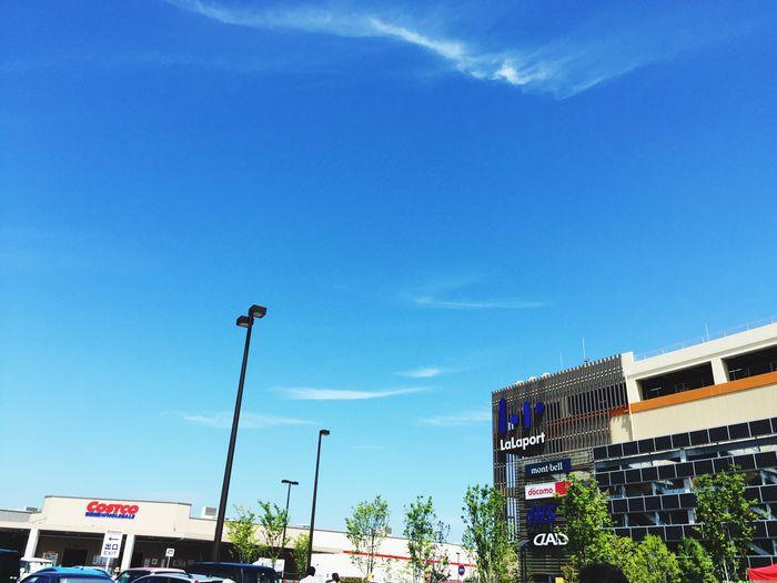 今日も暑いだろね。 Shopping IPhoneography Sky Collection 日差し なんくるないさ