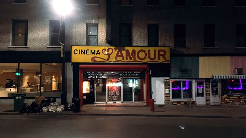 Illuminated Text Night Building Exterior Architecture Built Structure City Outdoors No People Amour Amour ❤ Espectacle Cinema Pornograhpy