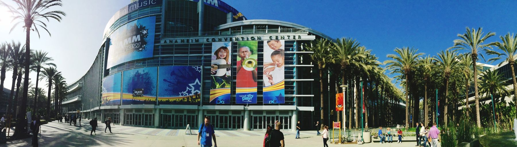 The beginning of the only convention I actually enjoy going to. Namm Namm2015 Thenammshow
