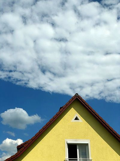 Sky Cloud - Sky Built Structure Architecture Building Exterior Sky Building House Nature Outdoors Sunlight Blue No People Day
