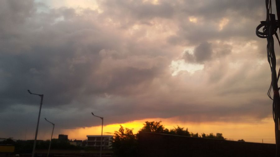 Artistic Beauty Cloud - Sky Fiery Storm Natural Look  Nature Outdoors Riot In Sk Sunset View