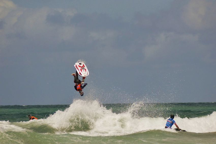 Jet Skiing Sport Fun Acrobatics  Wetsuit Skill  Waves Breaking Adrenaline Junkie Fun Expertise Waves, Ocean, Nature Water Jetski Sport Leisure Activity Motion People Beach Surfing Challenge Extreme Sports Adventure Sportsman Sea Lifestyles Fun RISK Adult