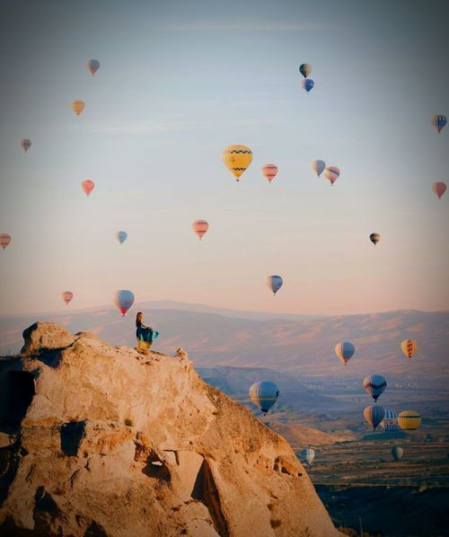 Hot Air Balloon Flying Travel Travel Destinations Rock - Object Landscape Outdoors Large Group Of Objects Scenics Vacations Mountain Sky No People Day Kapadokya,Göreme,Turkey Kapalicarsi kapadokya #capadocia ballons peribacalari kapadokya #capadocia ballons peribacalari Kapadokyaballoons Capadokya Balloon Capadokya Capadokia,Turkey Capadoccia Capadocia Capadoccia Sky View