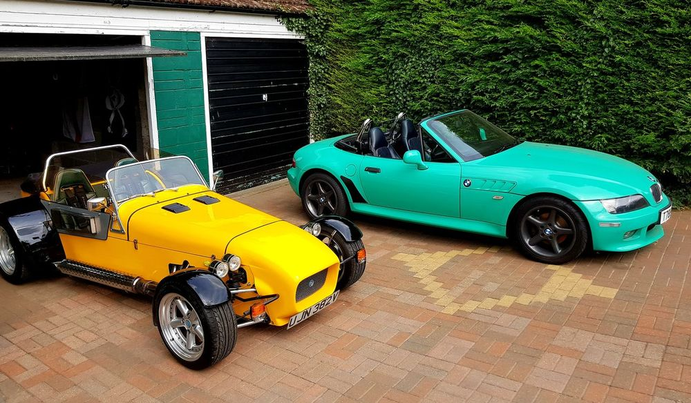 Choice Sexyselfie Green Color Classic Cars Sexypics Convertible Car Z3 2.8 Bmw Dax Convertible Ride Drophead Car Show Classic Car Dax Rush BMW Z3 Green Yellow Car High Angle View Vintage Car Toy Collector's Car Convertible Sports Car Headlight Vehicle Parking Motorsport The Past Historic