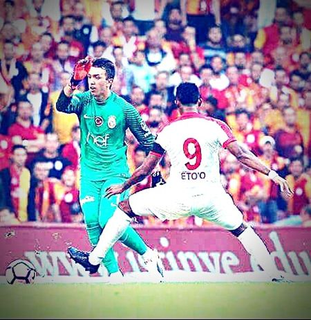 Stadium Only Men Men Muslera Football Sadelik Fan - Enthusiast Stage - Performance Space Motion GalataSaray