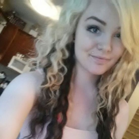 Isn't she just gorgeous? Samantha  Loveher Girl Pretty Blonde @samieecolleen