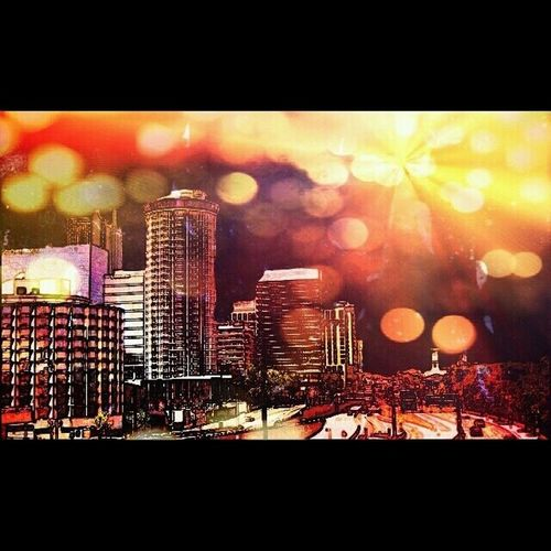 This isn't the original, I edited it because it turned out pretty cool in the end. But I love my city!! ♡ Stlouis Mycity Lovethisplace 314 stl reppinmycity photography edited downtown neverleaving