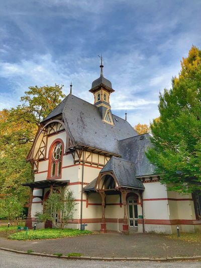 Old Architecture Built Structure Building Exterior Building Sky Plant Tree Cloud - Sky Belief Religion Spirituality Place Of Worship Nature No People Day Low Angle View Travel Destinations Travel Dome Spire