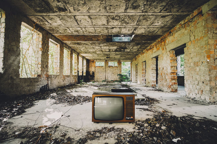 Retro Screen Abandoned Architecture Building Built Structure Ceiling Damaged Day Decline Deterioration Indoors  Messy No People Obsolete Old Ruined Run-down Television Set Wall Wall - Building Feature Weathered