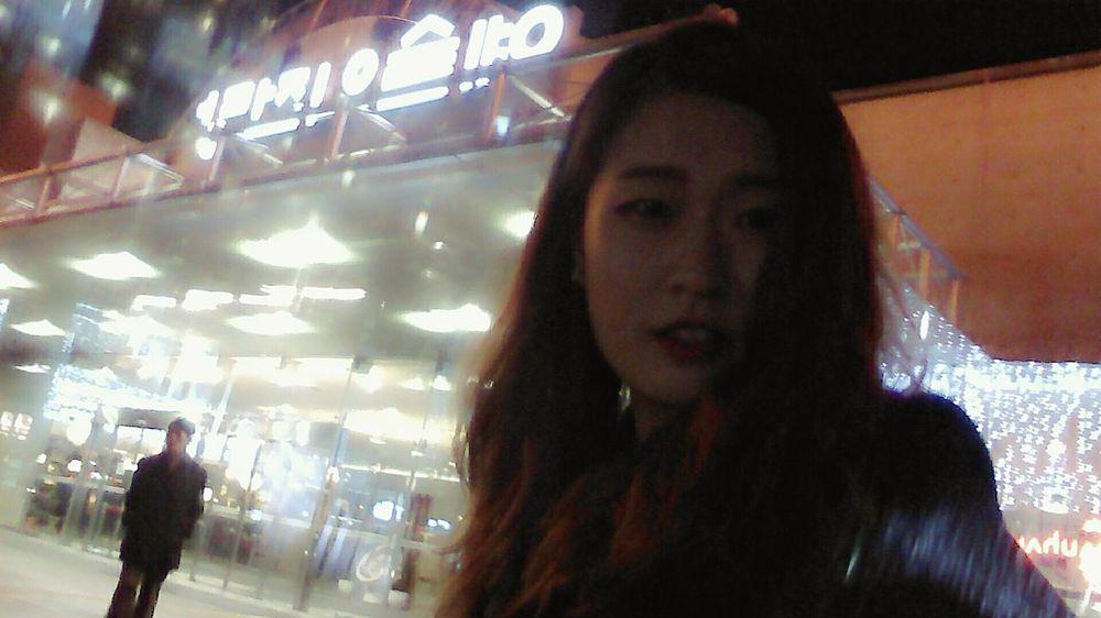 혼자서 놀기 South Korea Art Gallery Alone Time