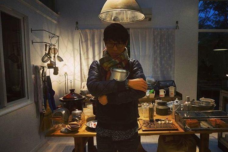 偽廚男照x鄉間系文青,每次摸到手作感很重的產品,就想要自己也能敲打出自己的鍋子 VVG Weekend