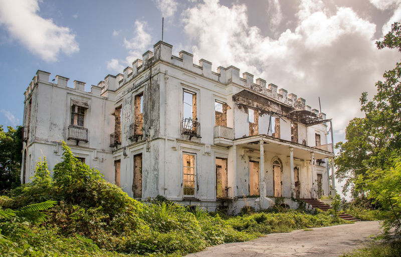 Abandoned Buildings Abandoned Places Architecture Barbados Building Exterior Casual Clothing City Derelict Dilapidated House Mansbestfriend Mansion No People Outdoors Remote Sam Lord
