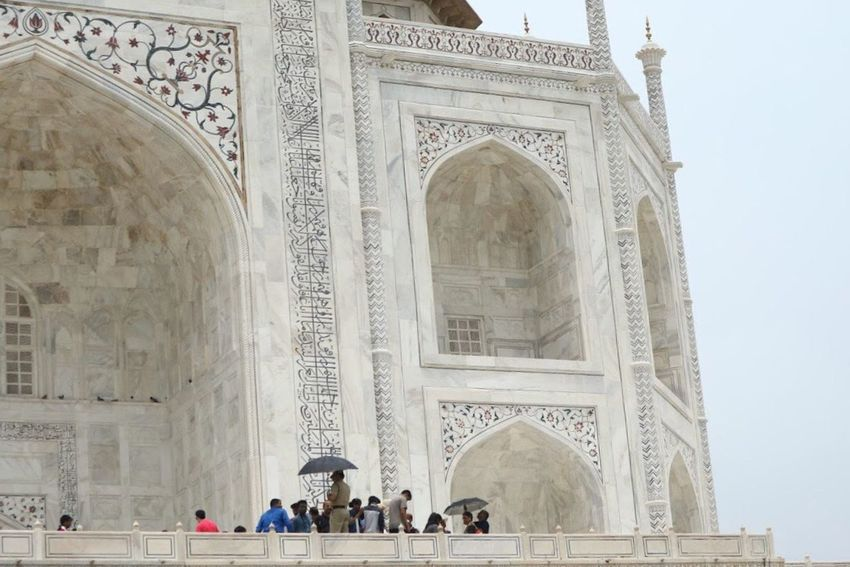 Burst of People Tourism Architecture Built Structure Taj Mahal Agra India History Arch Large Group Of People Activity Travel Real People Triumphal Arch Monument Vacations Architectural Column Building Exterior Leisure Activity Ancient Day Outdoors People