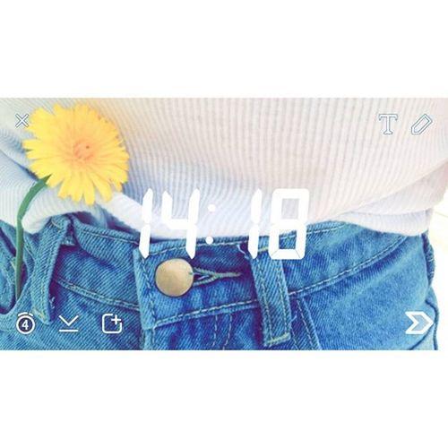 Snap 14am Jeans Flower Peace Whitetshirt Like4like