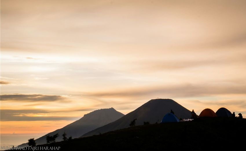 Camping Mountaineering Gunung Prau Mount Prau Location : Dieng, Indonesia Sunrise Backpacking