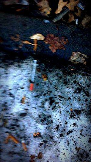 Public Walking Around Drugs Hypodermic Needles Horrible